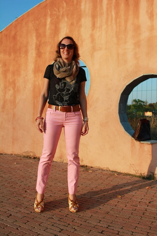 IndianSavage Margaret Dallospedale The diary of a fashion apprentice pink pant casual outfit tee 3