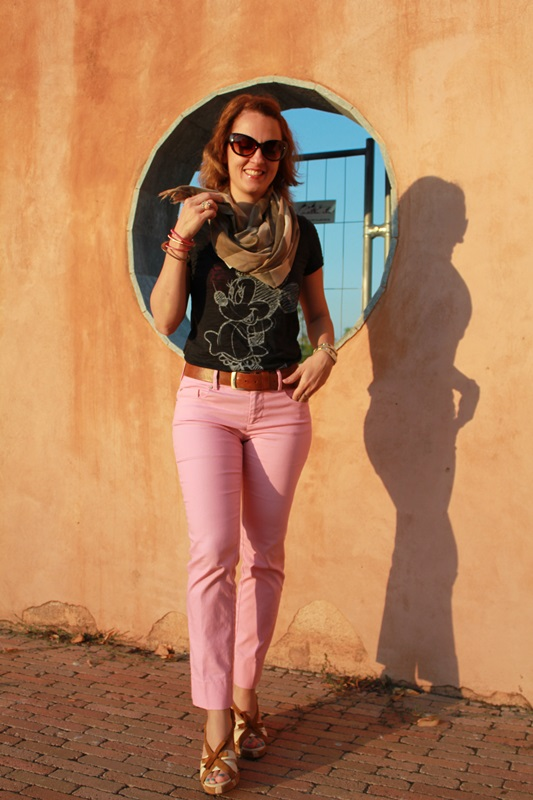 IndianSavage Margaret Dallospedale The diary of a fashion apprentice pink pant casual outfit tee 4