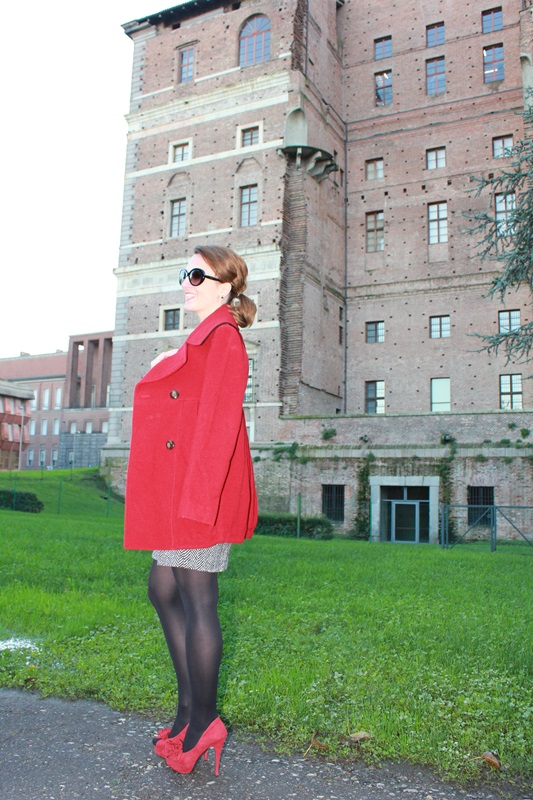 IndianSavage Margaret Dallospedale The Indian Savage diary dress and red coat 1