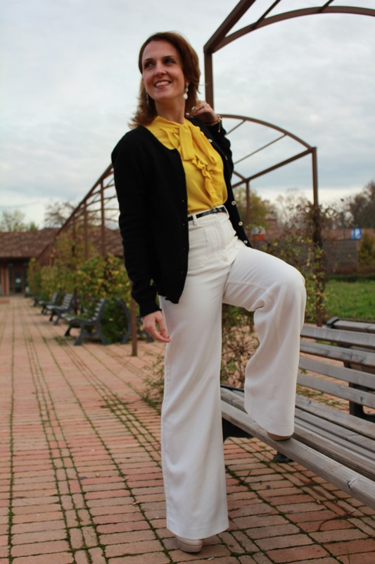 IndianSavage Margaret Dallospedale The Indian Savage diary yellow shirt, white pants and black cardigan 3