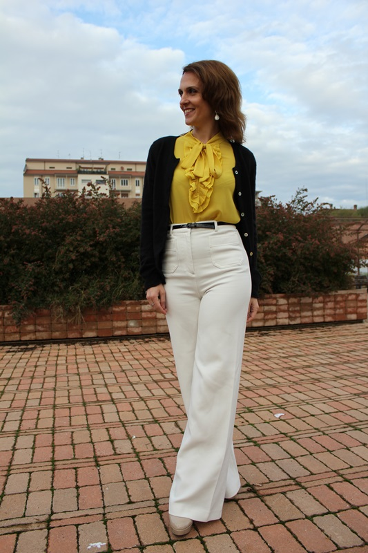 IndianSavage Margaret Dallospedale The Indian Savage diary yellow shirt, white pants and black cardigan 8