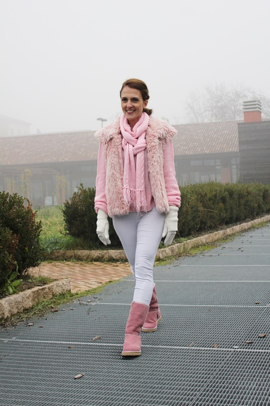 Indian Savage Margaret Dallospedale The Indian Savage diary Pink and white winter outfit  4