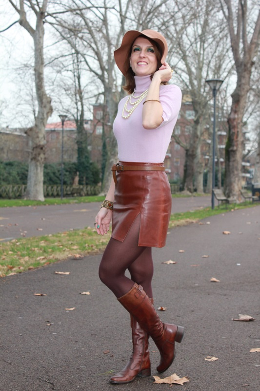 Indian Savage Margaret Dallospedale The Indian Savage diary winter outfit leather skirt 4