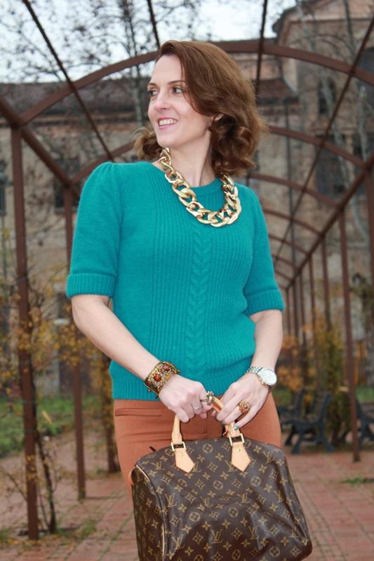 Indian Savage, Margaret Dallospedale, The Indian Savage diary, Fashion blogger, Fashion Blog, Piacenza blog, Wichita blog, Venezuela blog,  Mustard pants Emerald green sweater 6