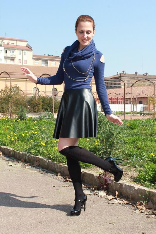 Margaret Dallospedale, The Indian Savage, Indian Savage, Fashion blog, Fashion blogger, leather skater skirt, 4