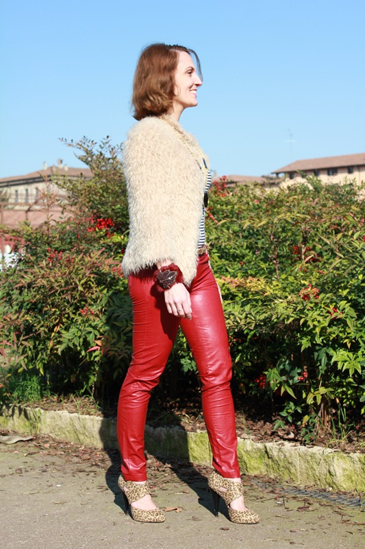 Margaret Dallospedale, The Indian Savage diary, Fashion blogger, fashion blog, indiansavage.com, burgundy leather pants, 2