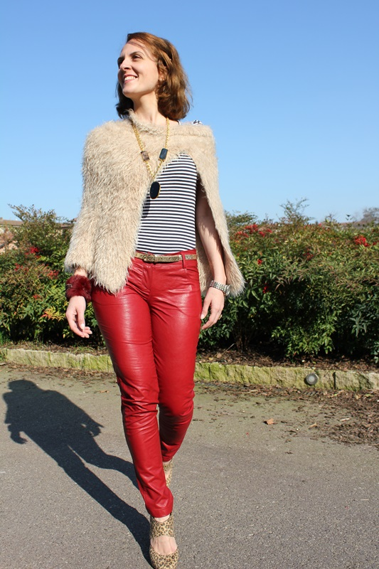 Margaret Dallospedale, The Indian Savage diary, Fashion blogger, fashion blog, indiansavage.com, burgundy leather pants, 4