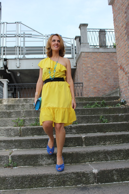 Margaret Dallospedale, Fashion blogger, The Indian Savage diary, Fashion blog, www.indiansavage.com, fashion tips, Lifestyle, Personal style, Yellow dress, 4