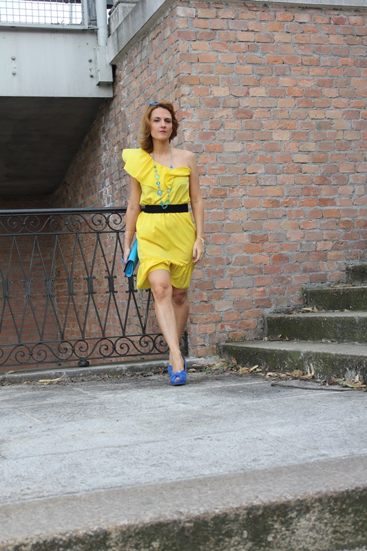 Margaret Dallospedale, Fashion blogger, The Indian Savage diary, Fashion blog, www.indiansavage.com, fashion tips, Lifestyle, Personal style, Yellow dress, 5