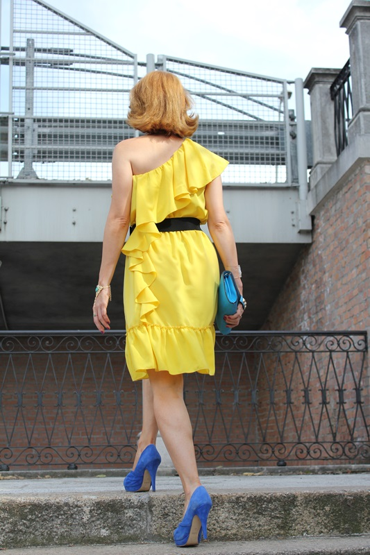 Margaret Dallospedale, Fashion blogger, The Indian Savage diary, Fashion blog, www.indiansavage.com, fashion tips, Lifestyle, Personal style, Yellow dress, 7