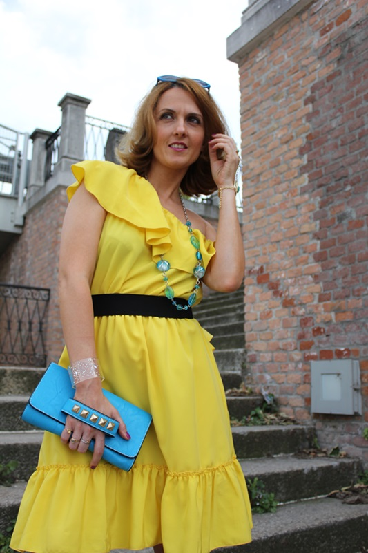 Margaret Dallospedale, Fashion blogger, The Indian Savage diary, Fashion blog, www.indiansavage.com, fashion tips, Lifestyle, Personal style, Yellow dress, 9