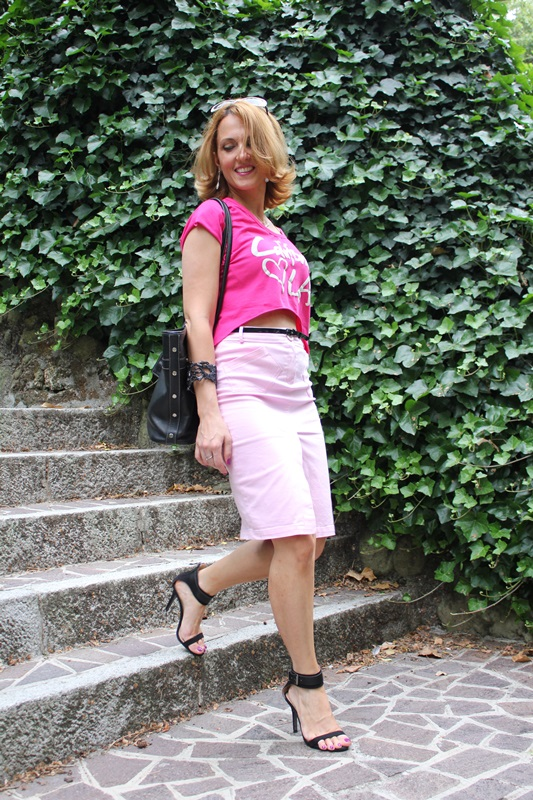Margaret Dallospedale, Fashion blogger, The Indian Savage diary, Fashion blog, www.indiansavage.com, fashion tips, Lifestyle, Personal style, Crop top, pencil skirt, 3