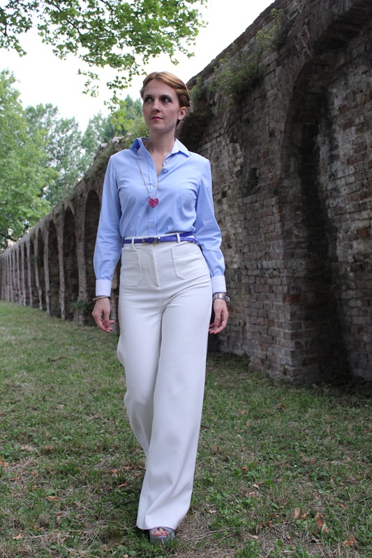 Margaret Dallospedale, Fashion blogger, The Indian Savage diary, Fashion blog, www.indiansavage.com, fashion tips, Lifestyle, How to wear, Babe blue shirt and White pants, Paivè bijoux 3