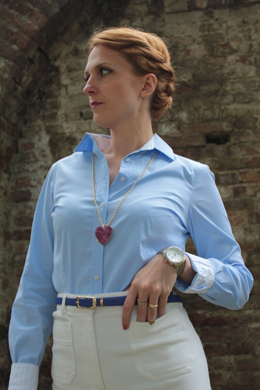 Margaret Dallospedale, Fashion blogger, The Indian Savage diary, Fashion blog, www.indiansavage.com, fashion tips, Lifestyle, How to wear, Babe blue shirt and White pants, Paivè bijoux 7