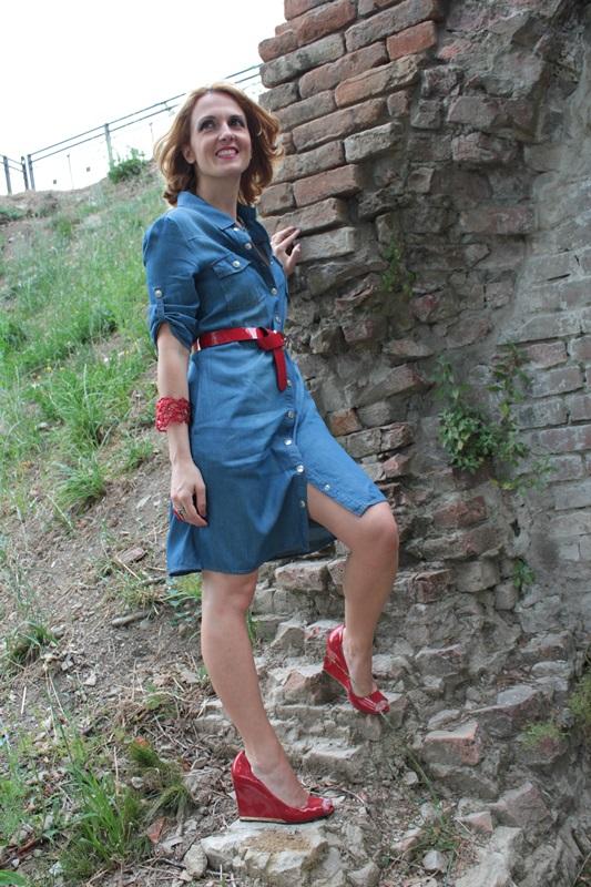 Margaret Dallospedale, Fashion blogger, The Indian Savage diary, Fashion blog, www.indiansavage.com, fashion tips, Lifestyle, How to wear, Denim dress , 1
