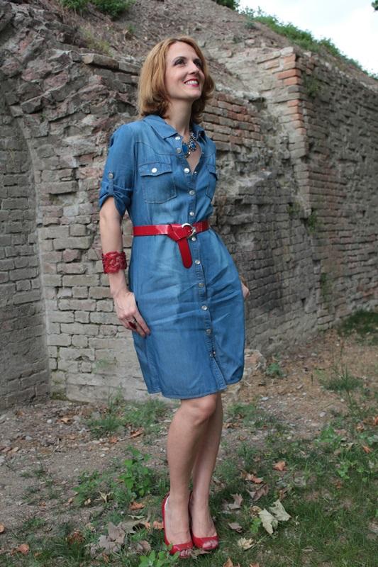 Margaret Dallospedale, Fashion blogger, The Indian Savage diary, Fashion blog, www.indiansavage.com, fashion tips, Lifestyle, How to wear, Denim dress , 2