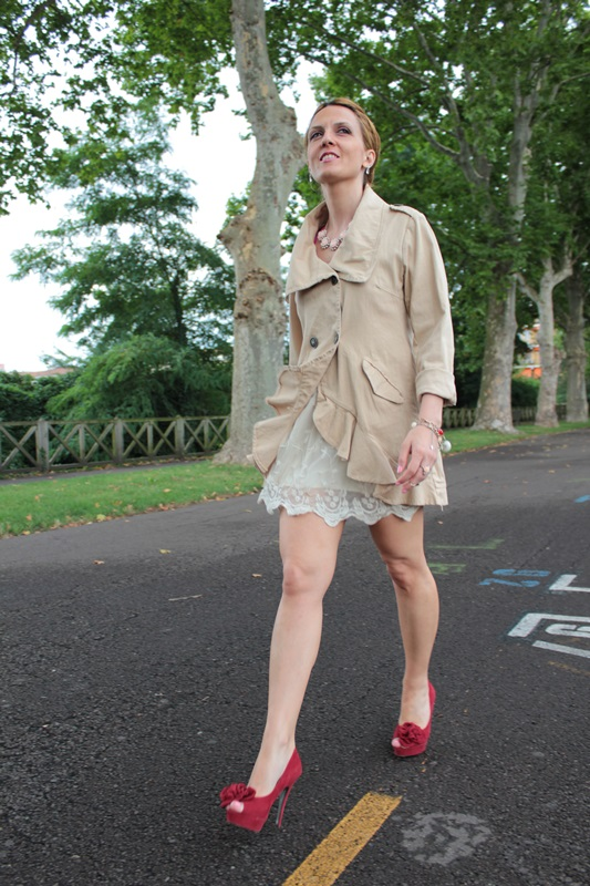 Margaret Dallospedale, Fashion blogger, The Indian Savage diary, Fashion blog, www.indiansavage.com, fashion tips, Lifestyle, How to wear, Double-breasted trench coat,  3
