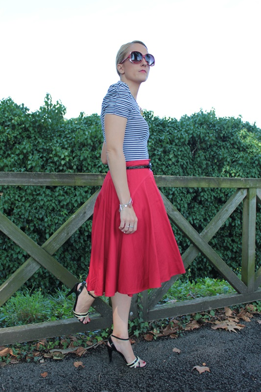 Margaret Dallospedale, Fashion blogger, The Indian Savage diary, Fashion blog, www.indiansavage.com, fashion tips, Lifestyle, How to wear, Navy style,  4