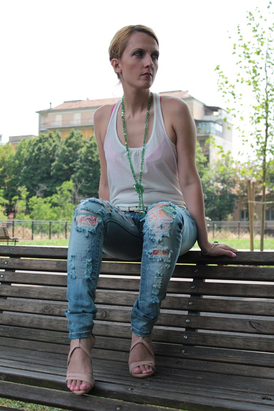 Margaret Dallospedale, Fashion blogger, The Indian Savage diary, Fashion blog, www.indiansavage.com, fashion tips, Lifestyle, How to wear, Ripped jeans,  9