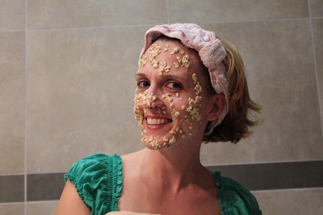 Margaret Dallospedale, Fashion blogger, The Indian Savage diary, Fashion blog, www.indiansavage.com, fashion tips, Lifestyle, Beauty tips, Oatmeal Face Mask,  9