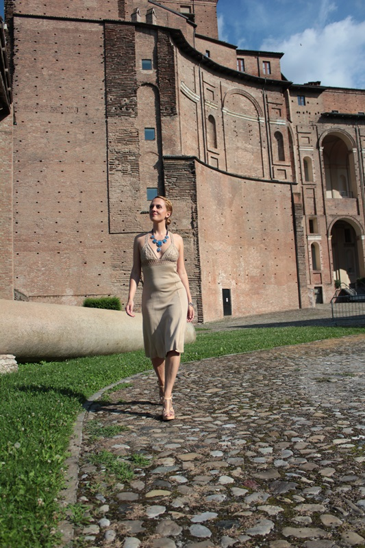 Margaret Dallospedale, Fashion blogger, The Indian Savage diary, Fashion blog, www.indiansavage.com, fashion tips, Lifestyle, How to wear, Valentino dress,  2