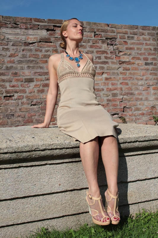 Margaret Dallospedale, Fashion blogger, The Indian Savage diary, Fashion blog, www.indiansavage.com, fashion tips, Lifestyle, How to wear, Valentino dress,  5