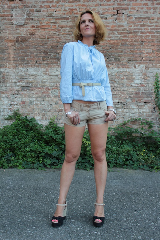 Margaret Dallospedale, Fashion blogger, The Indian Savage diary, Fashion blog, www.indiansavage.com, fashion tips, Lifestyle, How to wear, baby blue and beige, 4