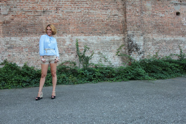 Margaret Dallospedale, Fashion blogger, The Indian Savage diary, Fashion blog, www.indiansavage.com, fashion tips, Lifestyle, How to wear, baby blue and beige, 8