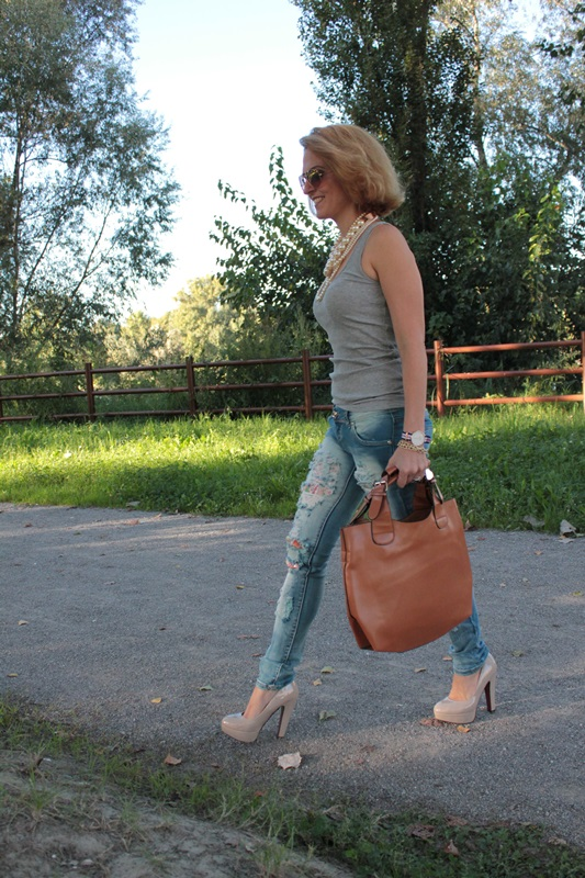 Margaret Dallospedale, Fashion blogger, The Indian Savage diary, Fashion blog, www.indiansavage.com, fashion tips, Lifestyle, How to wear, Totes bag, 8