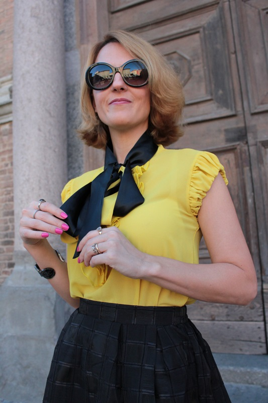Margaret Dallospedale, Fashion blogger, The Indian Savage diary, Fashion blog, www.indiansavage.com, fashion tips, Lifestyle, How to wear, Yellow and black, blackfive, 10