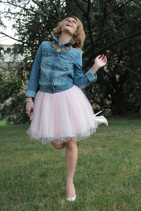 Margaret Dallospedale, Fashion blogger, The Indian Savage diary, Fashion blog, www.indiansavage.com, fashion tips, Lifestyle, How to wear, denim and tulle skirt, 13