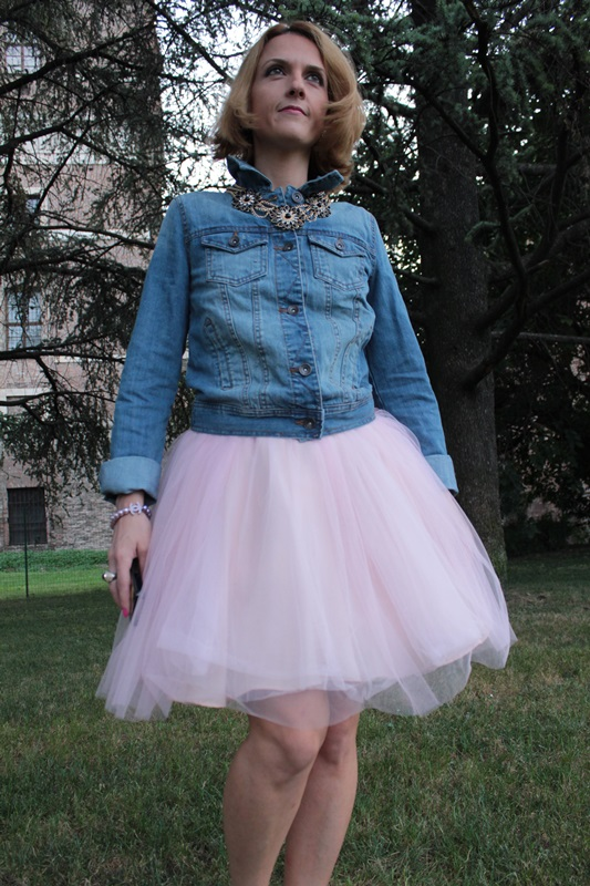 Margaret Dallospedale, Fashion blogger, The Indian Savage diary, Fashion blog, www.indiansavage.com, fashion tips, Lifestyle, How to wear, denim and tulle skirt, 8