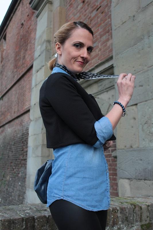 Margaret Dallospedale, Fashion blogger, Maggie Dallospedale Fashion diary, fashion tips, Lifestyle, Leather leggings and denim shirt, 7