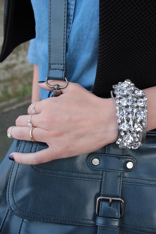 Margaret Dallospedale, Fashion blogger, Maggie Dallospedale Fashion diary, fashion tips, Lifestyle, Leather leggings and denim shirt, 8