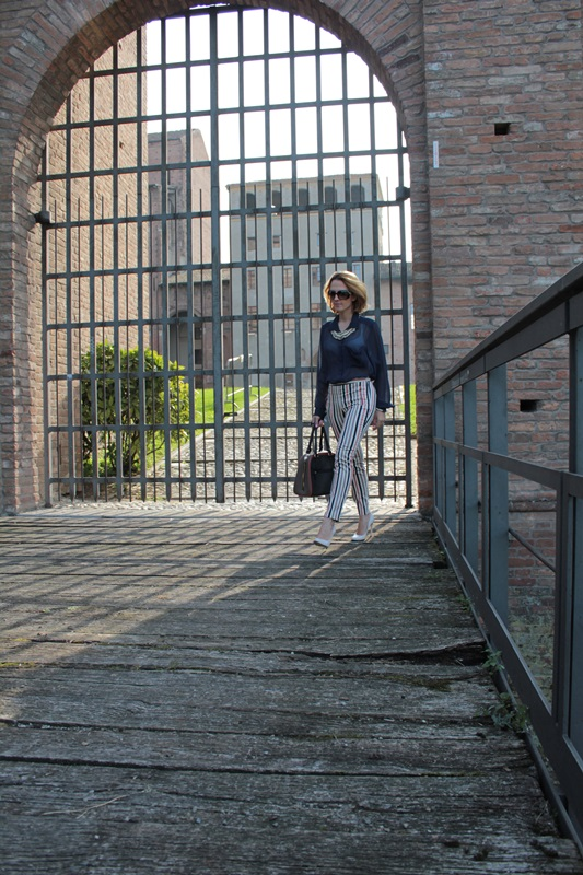 Margaret Dallospedale, Fashion blogger, Maggie Dallospedale Fashion diary, fashion tips, Lifestyle, Striped  pants, 2