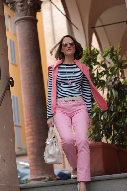 Margaret Dallospedale, Fashion blogger, Maggie Dallospedale Fashion diary, fashion tips, Lifestyle, Striped top and hot pink pants, 0
