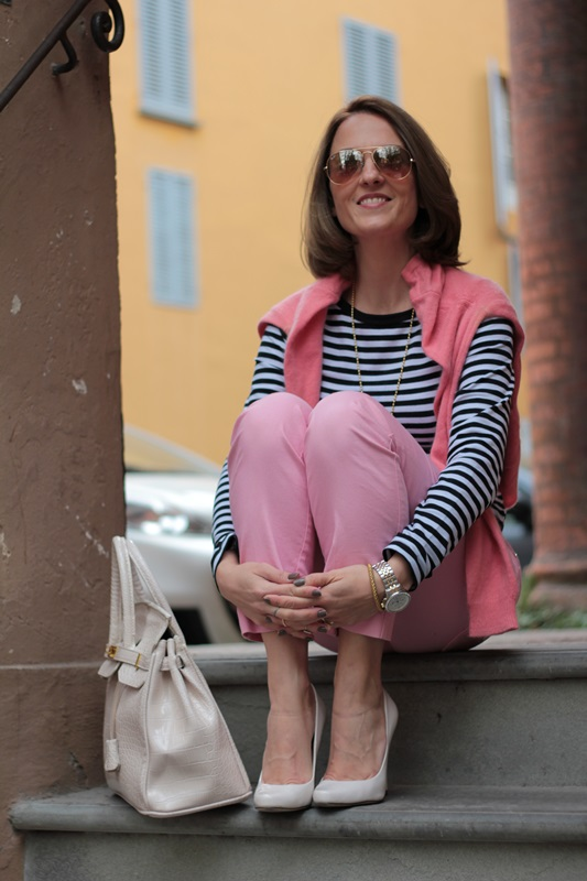 Margaret Dallospedale, Fashion blogger, Maggie Dallospedale Fashion diary, fashion tips, Lifestyle, Striped top and hot pink pants, 1