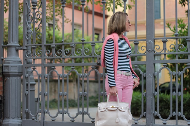 Margaret Dallospedale, Fashion blogger, Maggie Dallospedale Fashion diary, fashion tips, Lifestyle, Striped top and hot pink pants, 12
