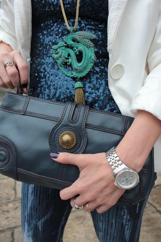 Margaret Dallospedale, Fashion blogger, Maggie Dallospedale Fashion diary, fashion tips, Lifestyle, sparkle top and jeans, 11