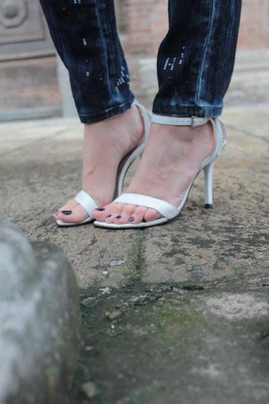 Margaret Dallospedale, Fashion blogger, Maggie Dallospedale Fashion diary, fashion tips, Lifestyle, sparkle top and jeans, 13