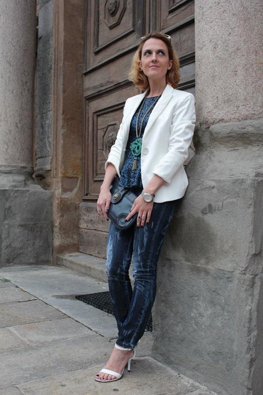 Margaret Dallospedale, Fashion blogger, Maggie Dallospedale Fashion diary, fashion tips, Lifestyle, sparkle top and jeans, 2