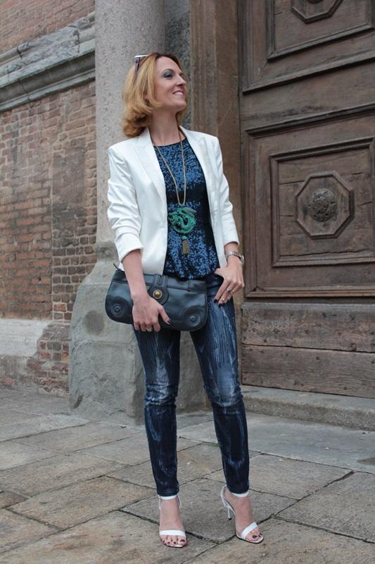 Margaret Dallospedale, Fashion blogger, Maggie Dallospedale Fashion diary, fashion tips, Lifestyle, sparkle top and jeans, 5