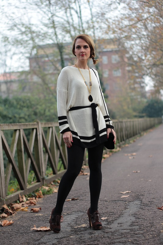 Margaret Dallospedale, Maggie Dallospedale fashion diary, Fashion blog, Fashion blogger,  fashion tips, how to wear, Outfits, OOTD, Fall outfit, Maxi sweater, 11