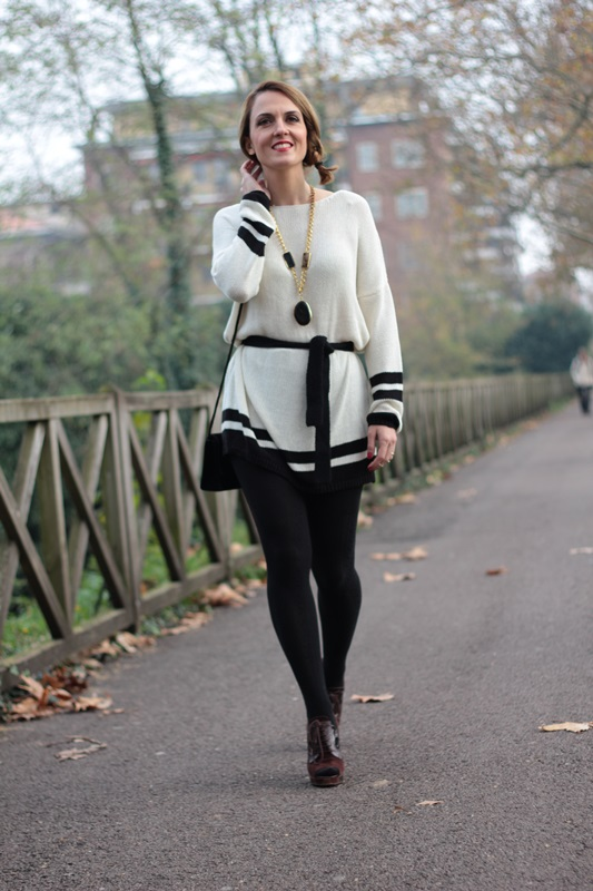 Margaret Dallospedale, Maggie Dallospedale fashion diary, Fashion blog, Fashion blogger,  fashion tips, how to wear, Outfits, OOTD, Fall outfit, Maxi sweater, 4