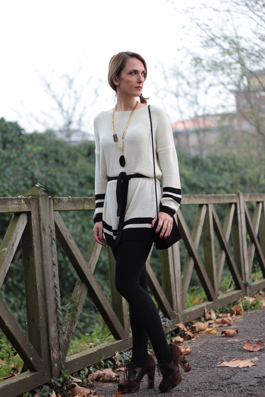 Margaret Dallospedale, Maggie Dallospedale fashion diary, Fashion blog, Fashion blogger,  fashion tips, how to wear, Outfits, OOTD, Fall outfit, Maxi sweater, 5