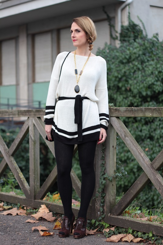 Margaret Dallospedale, Maggie Dallospedale fashion diary, Fashion blog, Fashion blogger,  fashion tips, how to wear, Outfits, OOTD, Fall outfit, Maxi sweater, 9