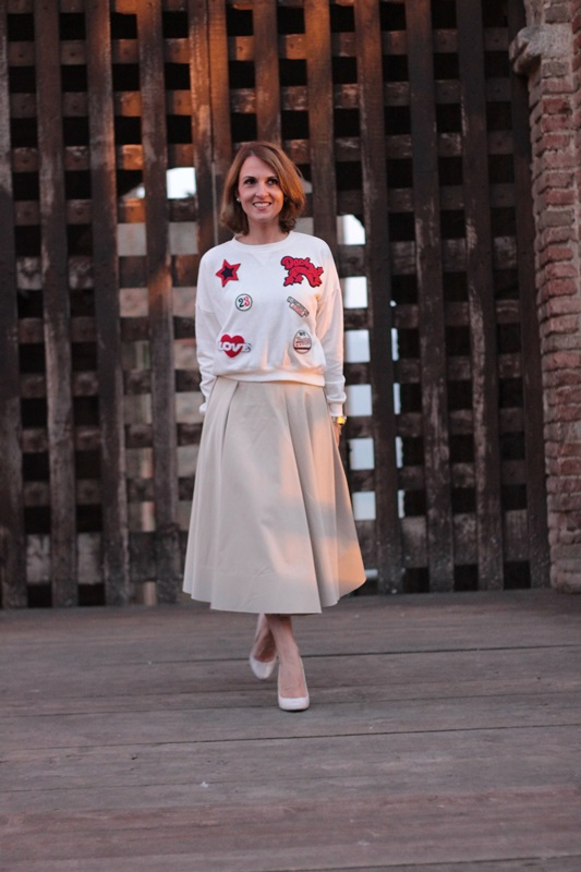 Margaret Dallospedale, Maggie Dallospedlae fashion diary, Fashion blog, Fashion blogger,  fashion tips, how to wear, Outfits, OOTD, Fall outfit, Autumn outfit, Midi skirt end sweat,11