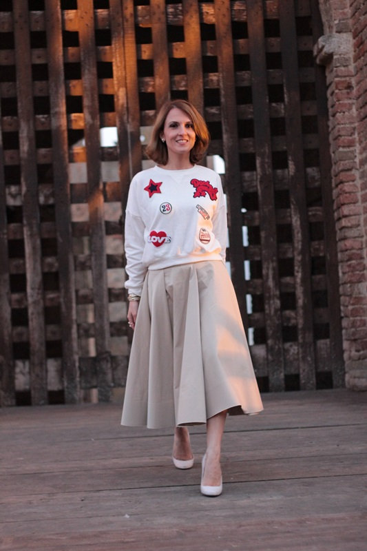 Margaret Dallospedale, Maggie Dallospedlae fashion diary, Fashion blog, Fashion blogger,  fashion tips, how to wear, Outfits, OOTD, Fall outfit, Autumn outfit, Midi skirt end sweat,12