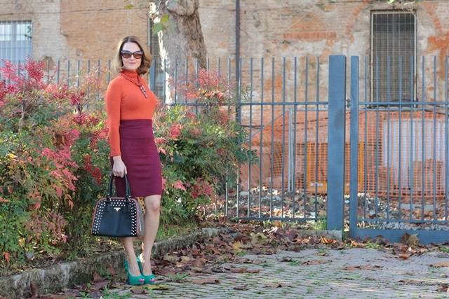 Margaret Dallospedale, Maggie Dallospedlae fashion diary, Fashion blog, Fashion blogger,  fashion tips, how to wear, Outfits, OOTD, Fall outfit, Burgundy and Tangerine outfit, 14