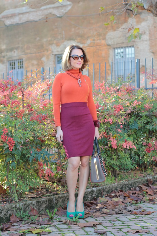 Margaret Dallospedale, Maggie Dallospedlae fashion diary, Fashion blog, Fashion blogger,  fashion tips, how to wear, Outfits, OOTD, Fall outfit, Burgundy and Tangerine outfit, 4